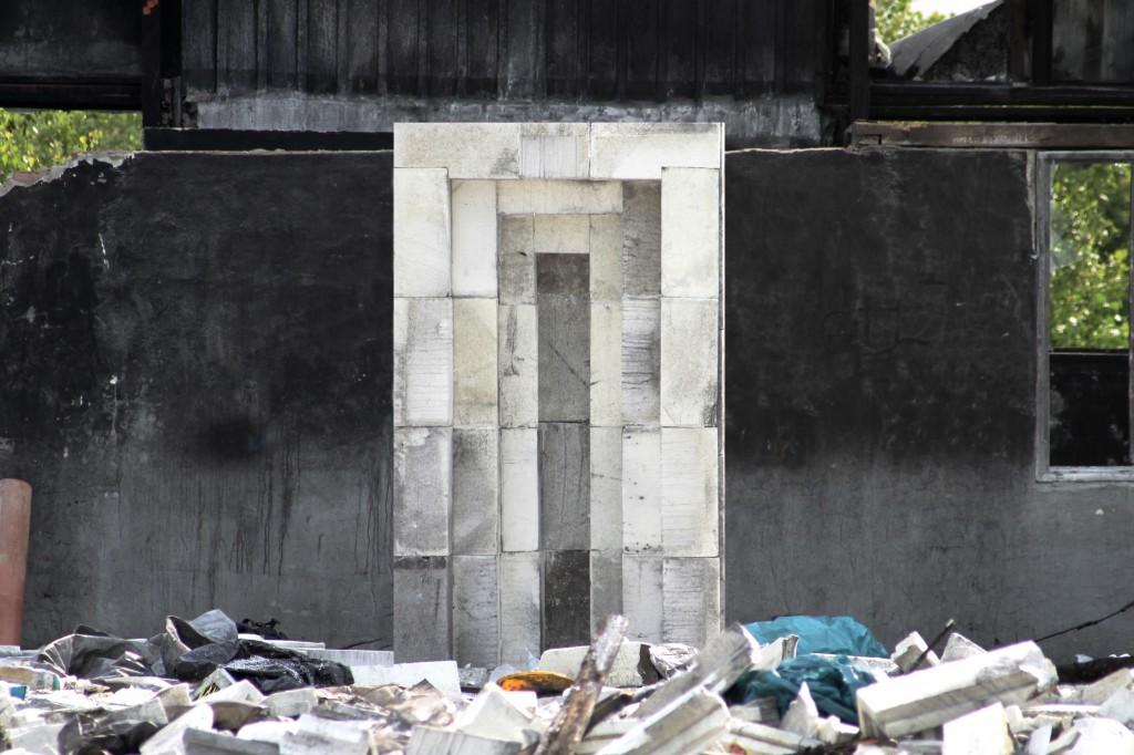 Falešné dveře/Fake door - 2014